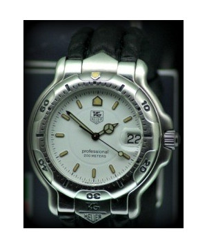 Tag Heuer 6000 watch