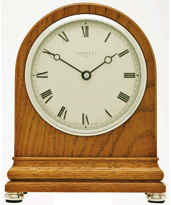 Quartz desk clock in wood